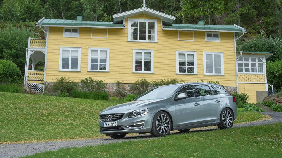 Volvo S60, V60 y XC60, novedades en todos los frentes
