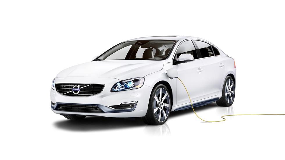 Volvo S60L Twin Engine, gasolina híbrido de 2,1 l/100 km