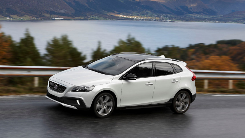 el volvo v40 cross country t5 awd ahora m s eficiente. Black Bedroom Furniture Sets. Home Design Ideas