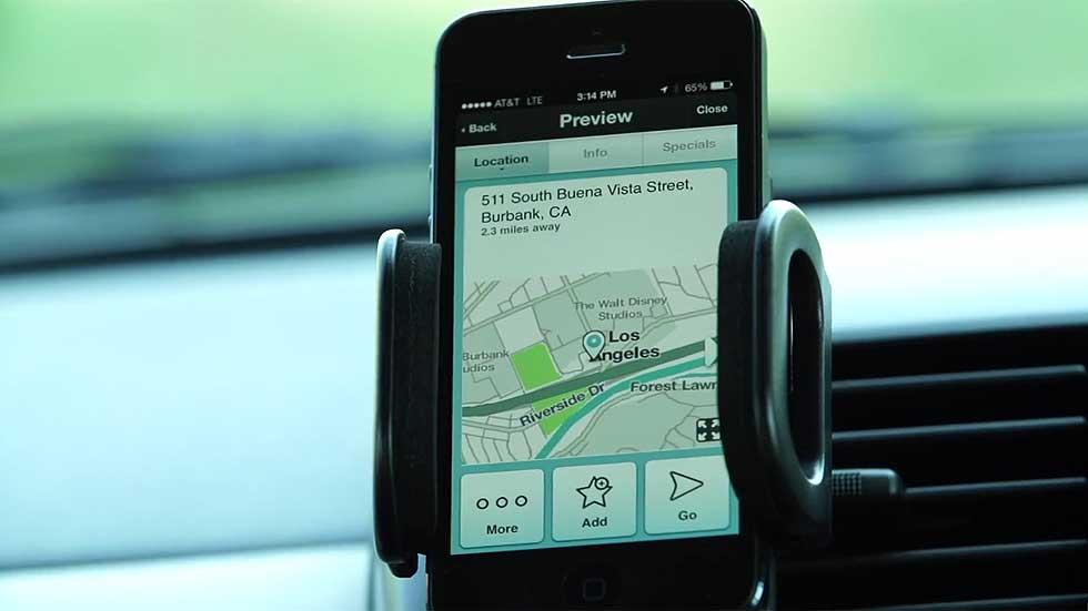 Waze, analizamos la app que te avisa de los radares móviles