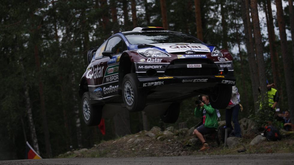 Rallye de Finlandia – jueves: Neuville da la sorpresa