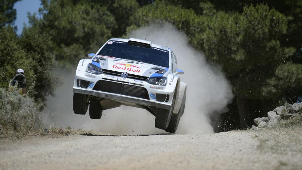 WRC Cerdeña, viernes: Ogier lídera con holgura