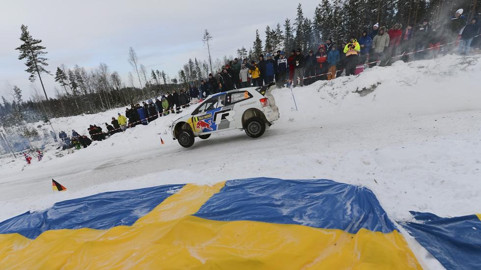 Rallye de Suecia, sábado: Sébastien Ogier sigue al mando