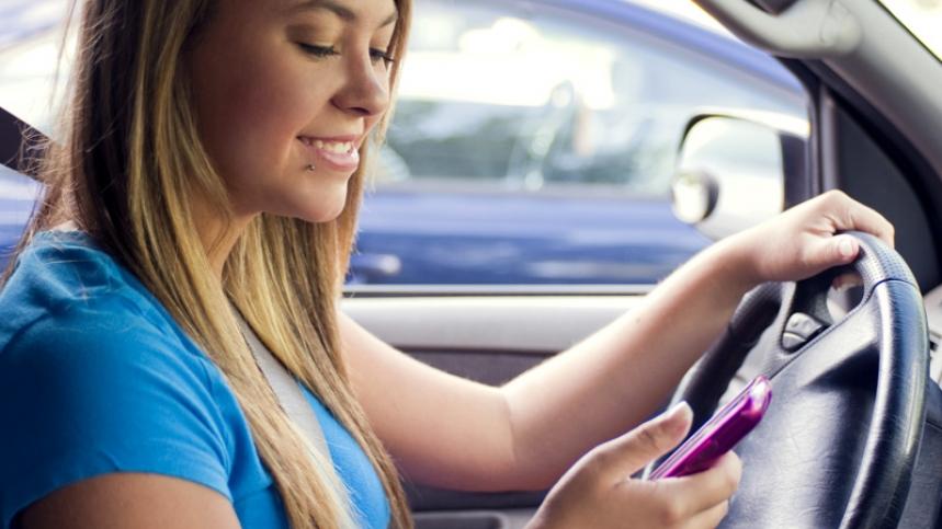 En algunas carreteras de Nueva York se podrán mandar SMS