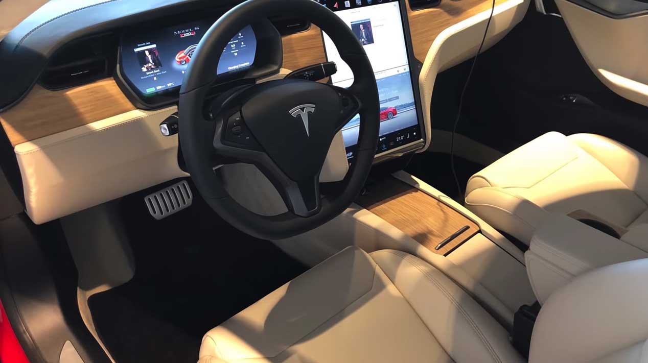 Así es el interior de un Tesla Model S P100D