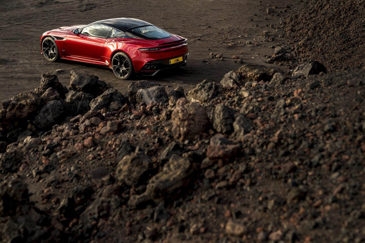 Aston Martin DBS Superleggera: ¡salvaje!