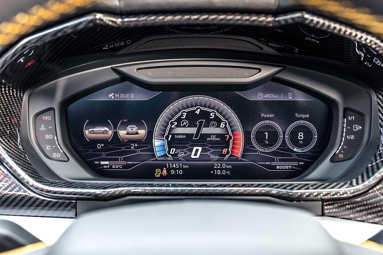 Nos ponemos a los mandos del SUV más brutal, el Lamborghini Urus