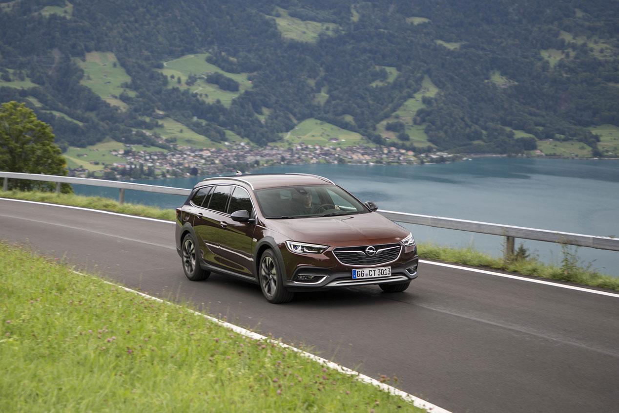 Opel Insignia 2019: con novedades mecánicas y de equipamiento