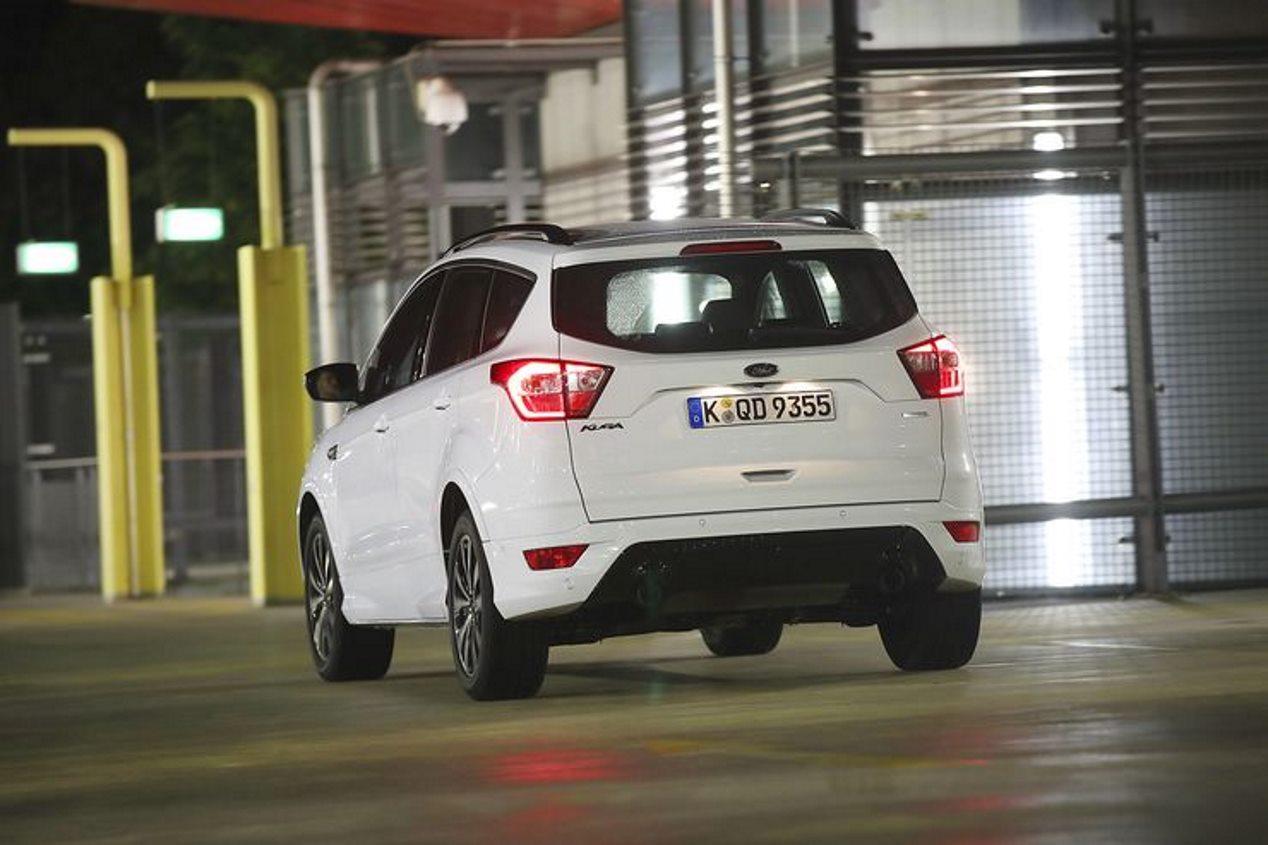 Comparativa SUV: Ford Kuga 1.5 Ecoboost, Skoda Karoq 1.5 TSI y Volvo XC40 T3