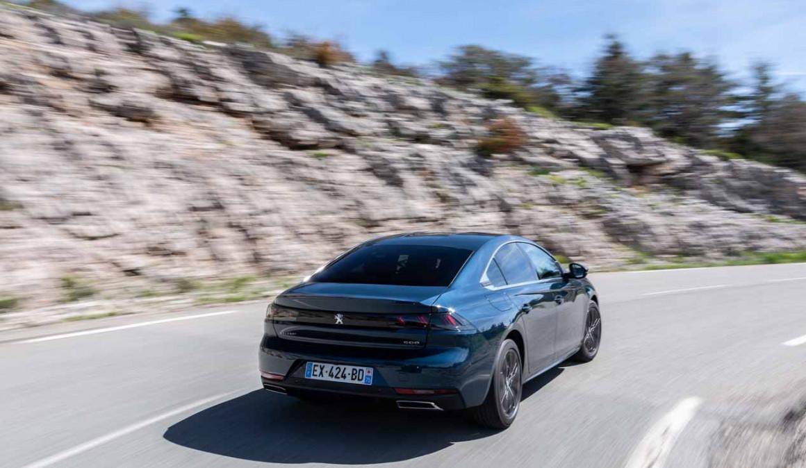 El aparcamiento automático, ahora en el Peugeot 508 2018