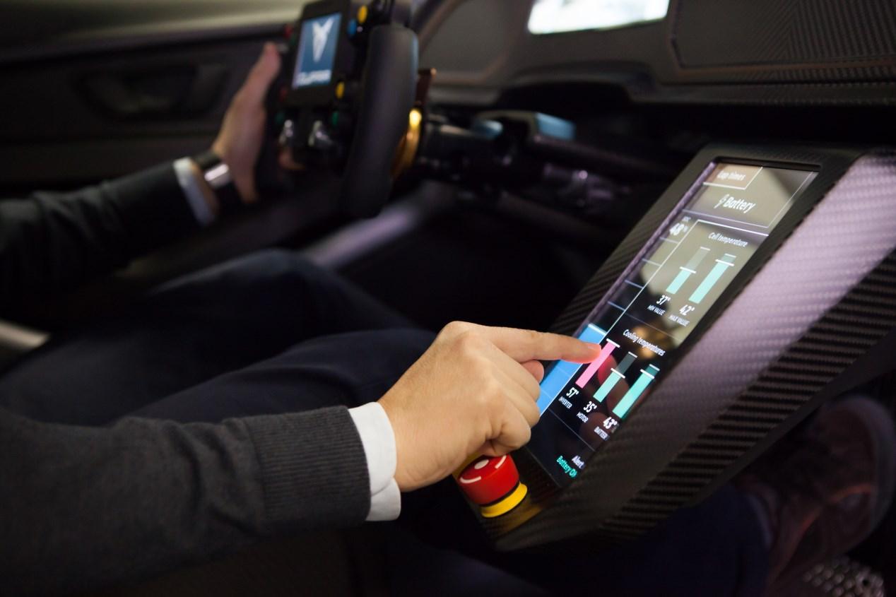El Seat León 2019, en 5 claves y en imágenes