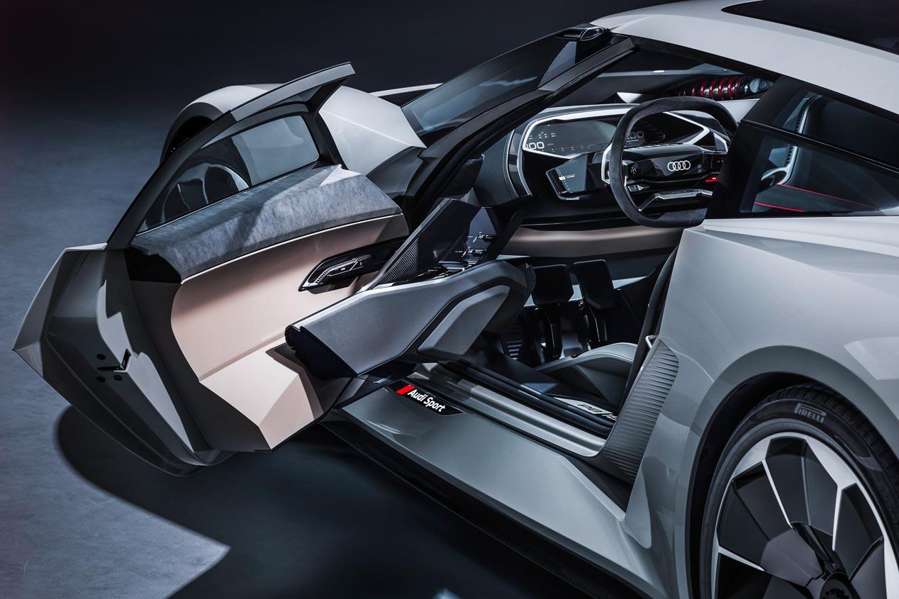 Audi PB18 e-tron  y Lamborghini Aventador SVJ, en imágenes