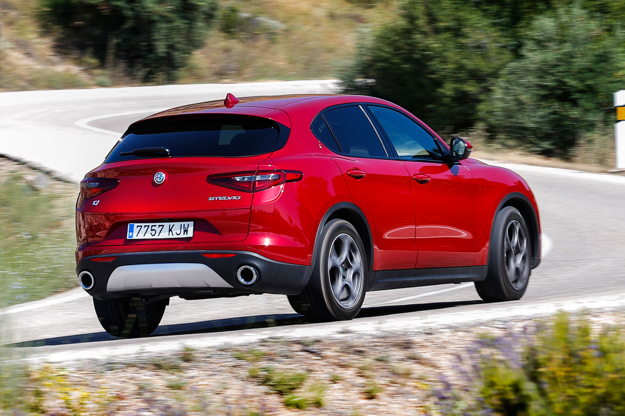 Comparativa SUV: Alfa Romeo Stelvio vs BMW X4
