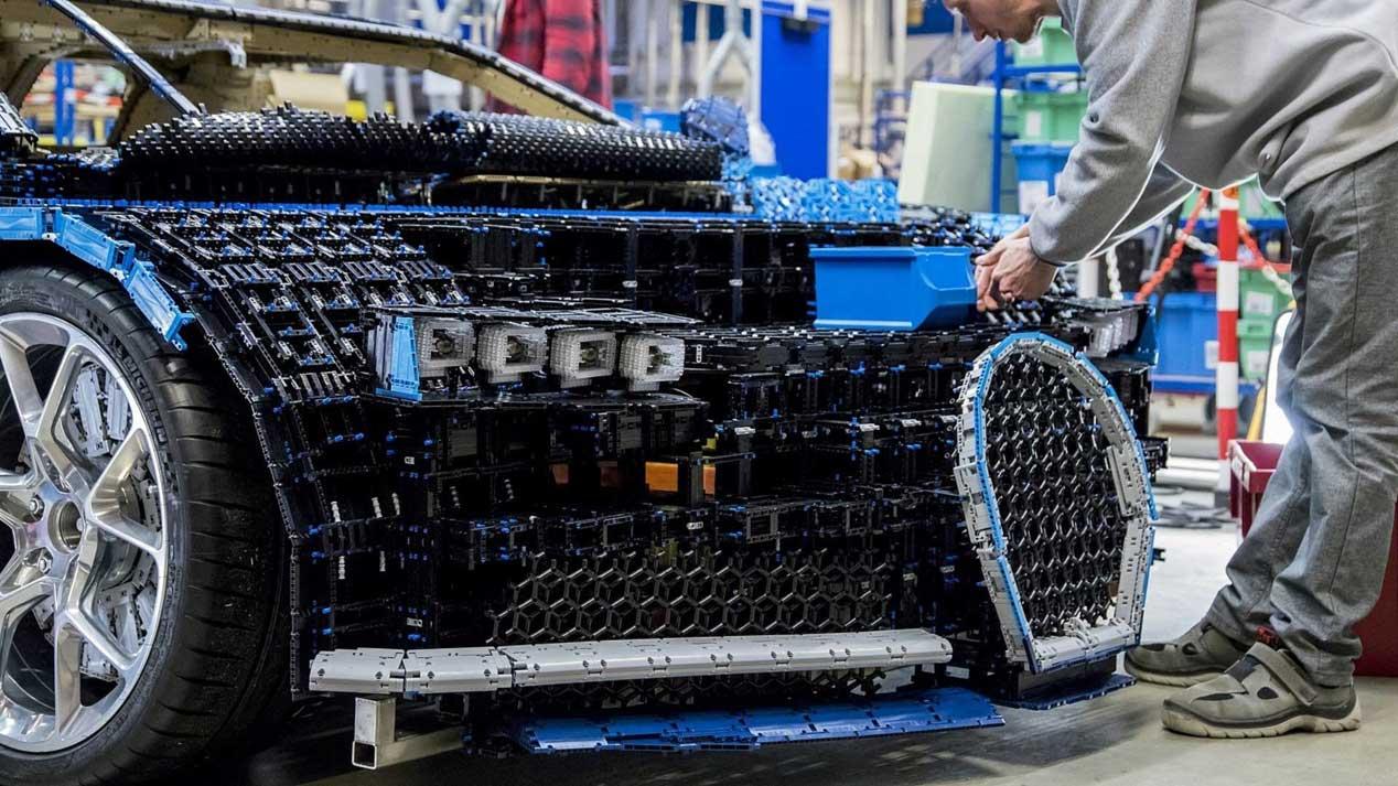 ¿Un Bugatti Chiron a 20km/h? Sí, ¡de Lego!