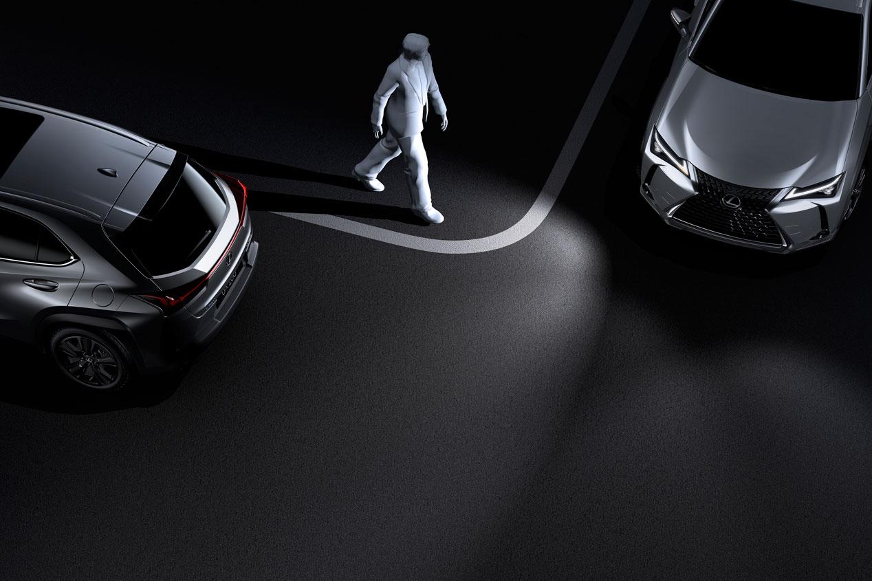 Probamos el Lexus UX 250h, el nuevo SUV híbrido