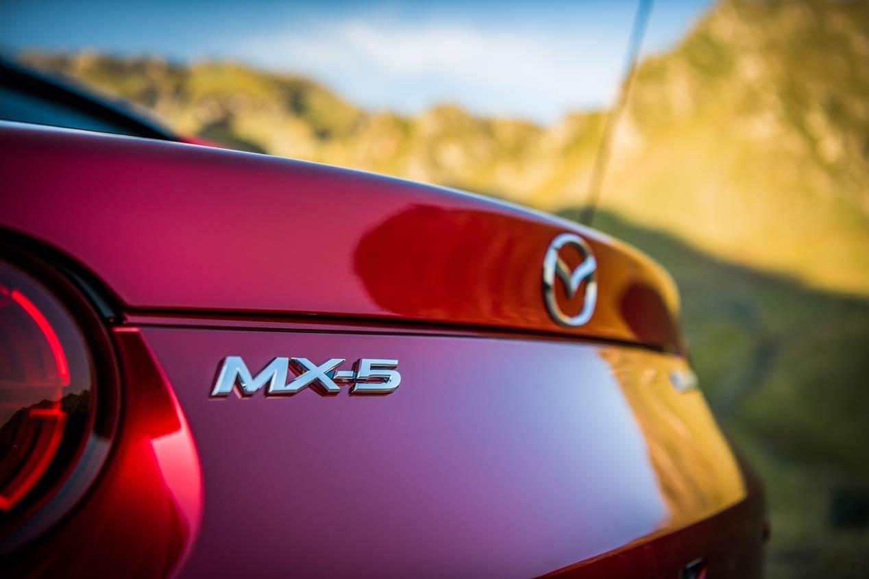 El nuevo Mazda MX-5 2019, a prueba en la Transfãgãrãsan