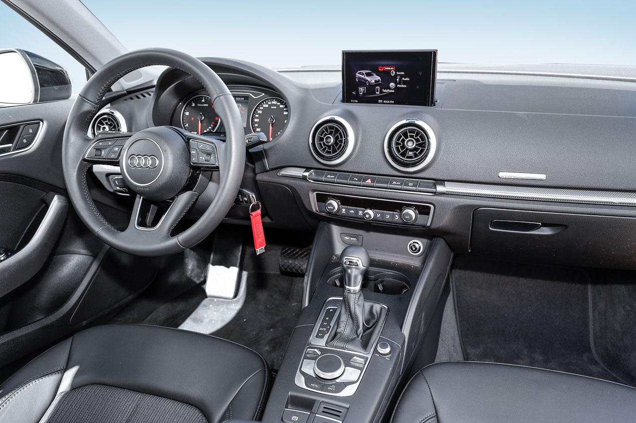 Mercedes Clase A frente a Audi A3 y BMW Serie 1
