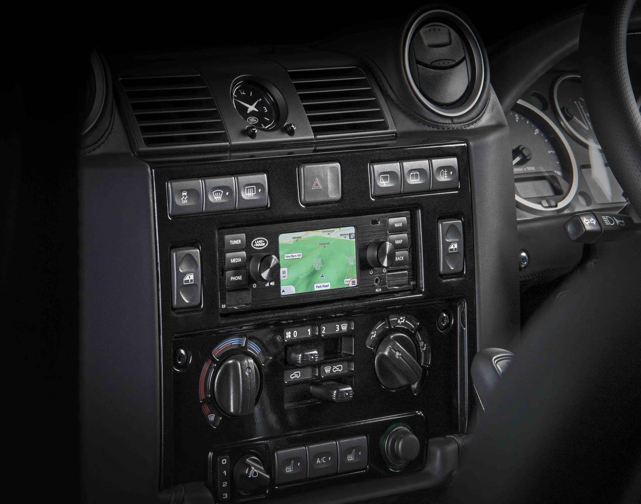 Así son los nuevos sistemas multimedia de los Jaguar y Land Rover clásicos