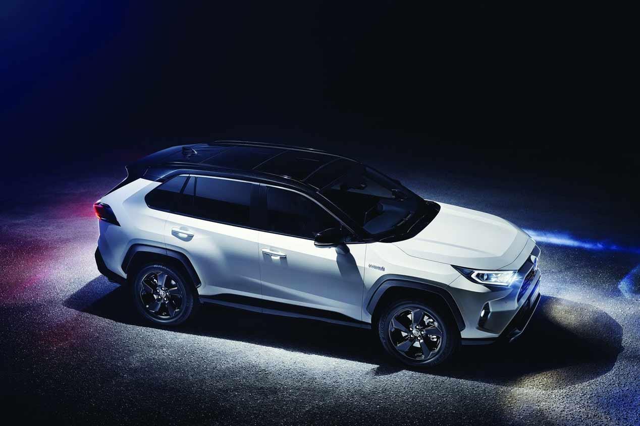Toyota en el Salón de París 2018: RAV4, Corolla y Corolla Touring Sport Hybrid