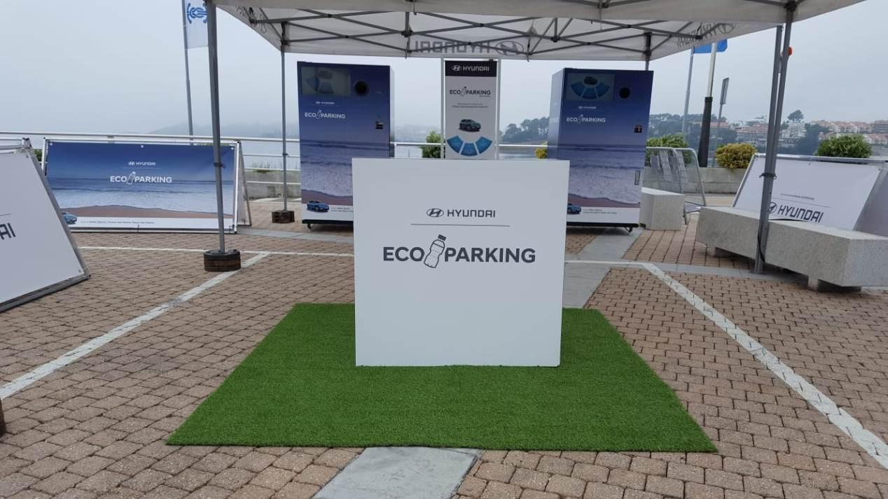 Hyundai crea un parking que se paga reciclando