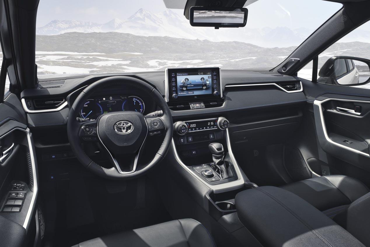 Más datos e imágenes de los nuevos Toyota RAV4 Hybrid y Corolla 2019