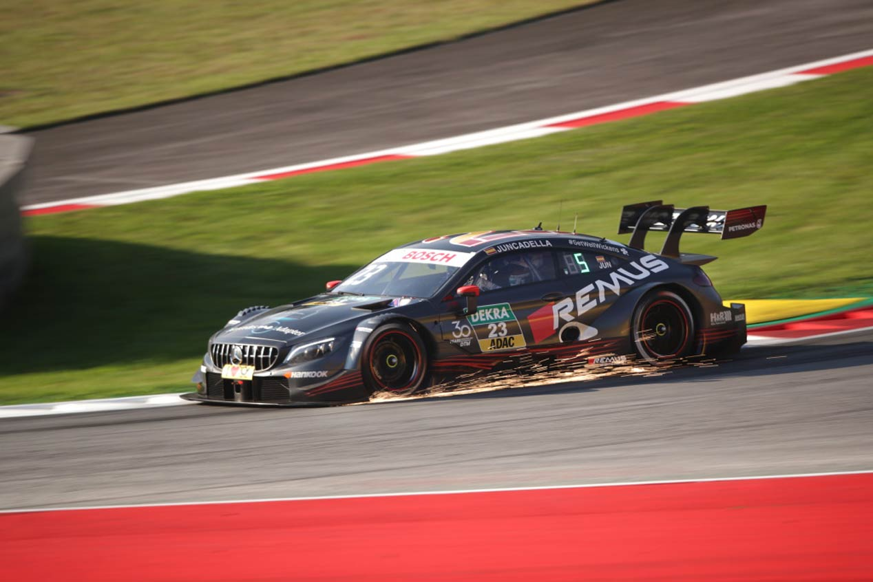 Mercedes se va del DTM por la puerta grande
