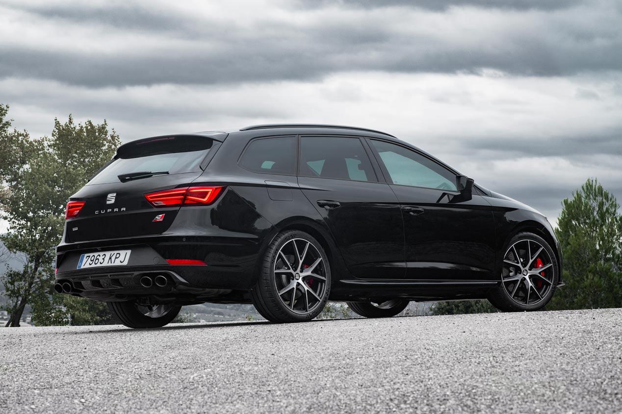 El Seat León ST Cupra Black Carbon, en imágenes