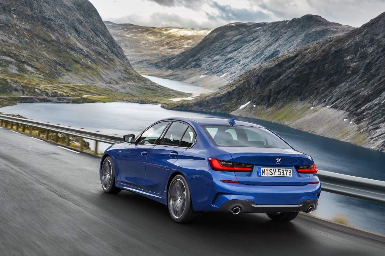 Las marcas de coches y modelos más valorados, según los internautas españoles