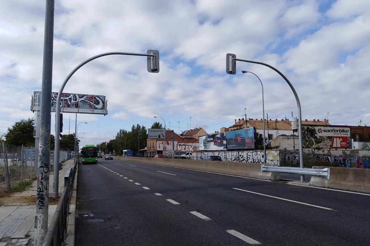 Madrid instala semáforos en la autovía A-5