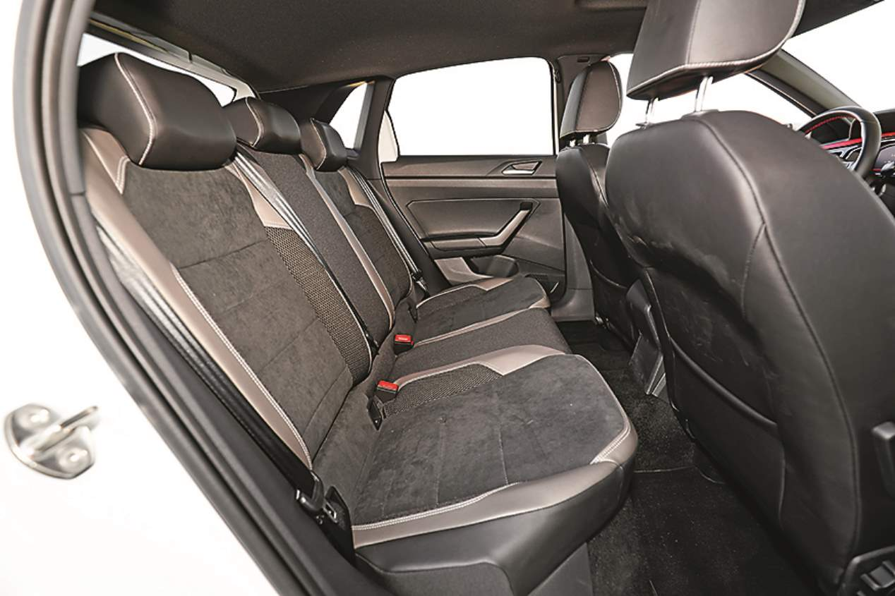 A prueba el Ford Fiesta ST y el VW Polo GTI