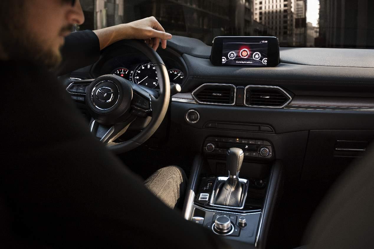 Mazda CX-5 2019: novedades mecánicas y de equipamiento para el nuevo SUV