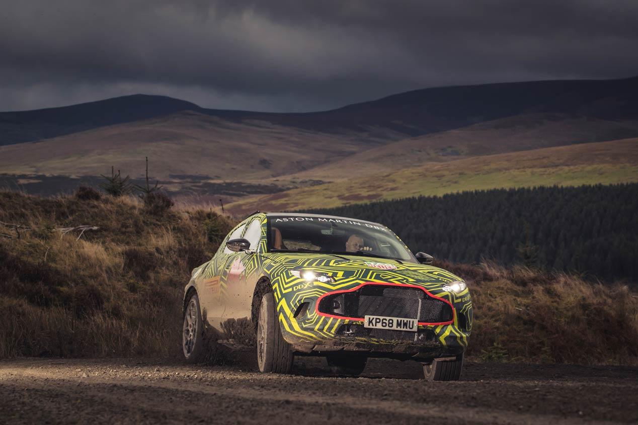 El Aston Martin DBX, primer SUV de la marca británica, ya rueda