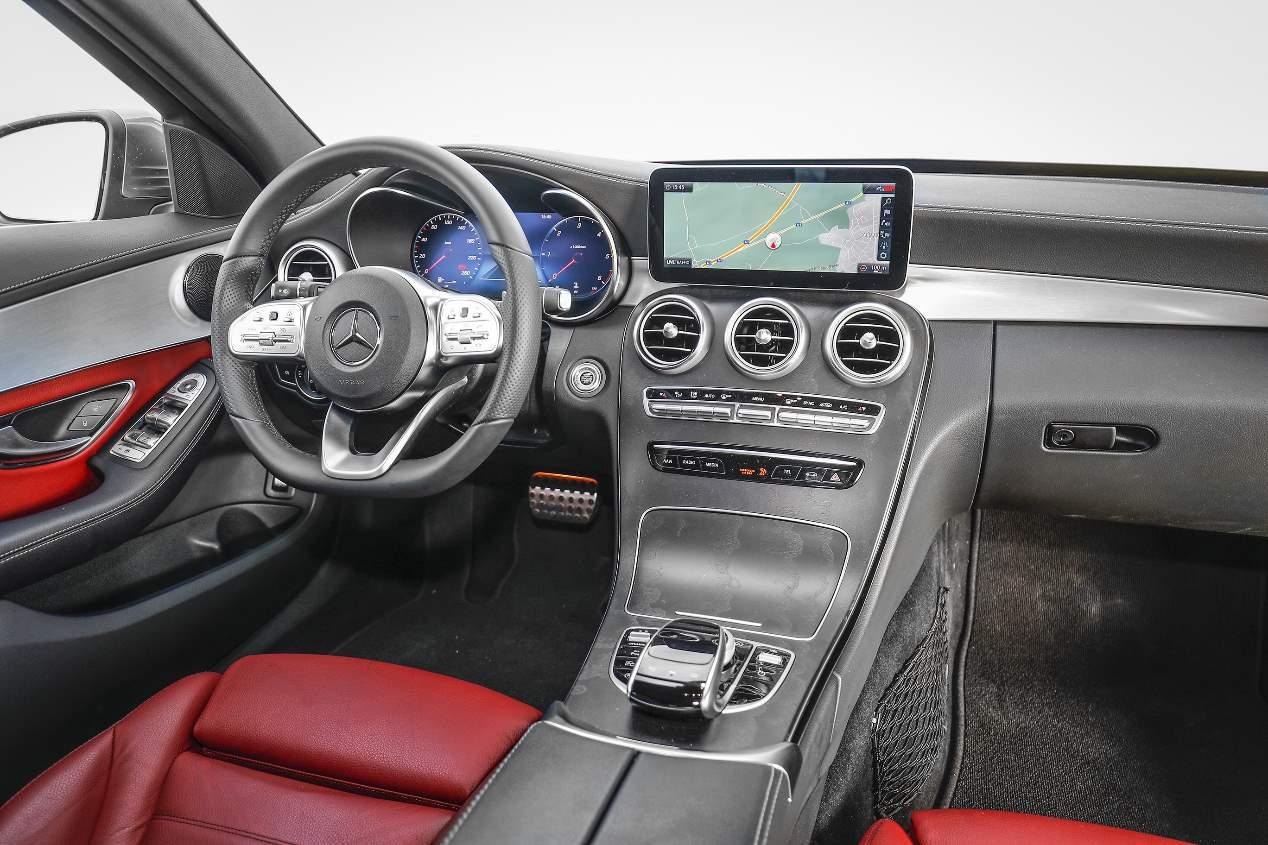 Comparativa: Mercedes Clase C familiar vs Volvo V60