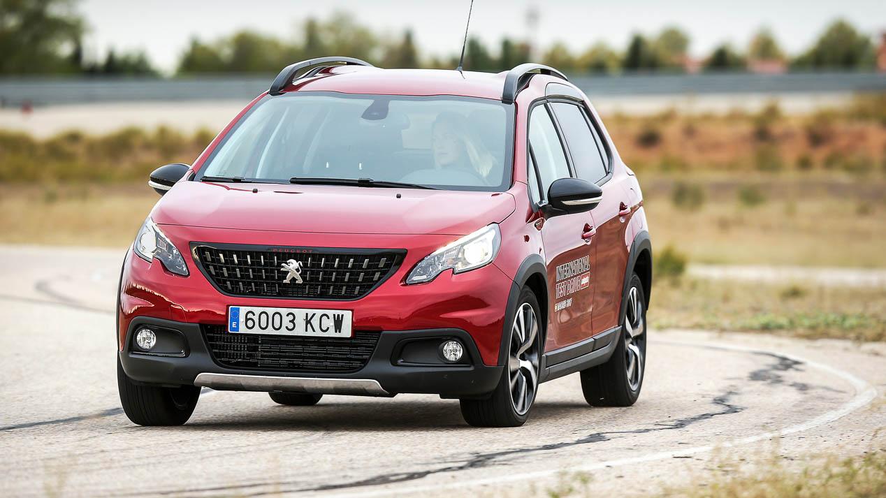 los coches mas vendidos del ano en espana en cada categoria noticias autopistaes