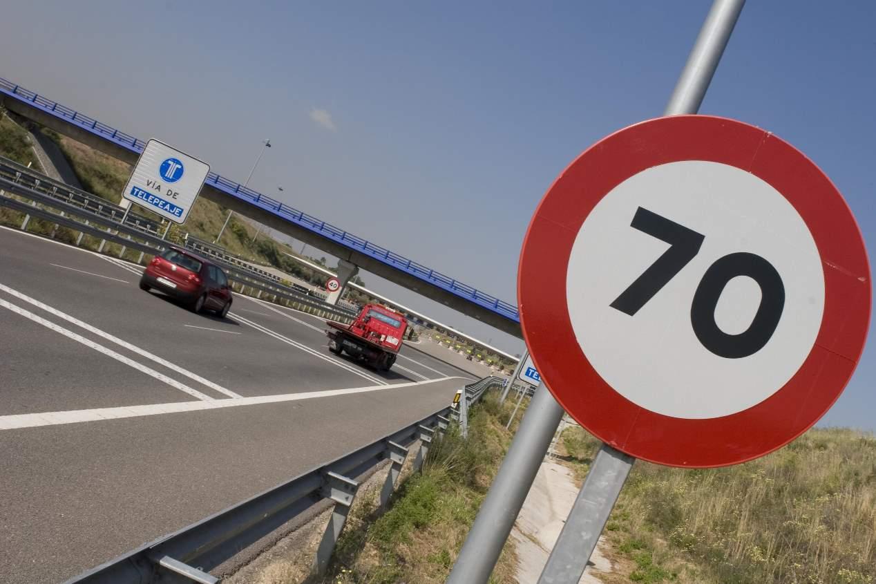 Las novedades para el conductor en 2019: carné, multas, velocidad, peajes...