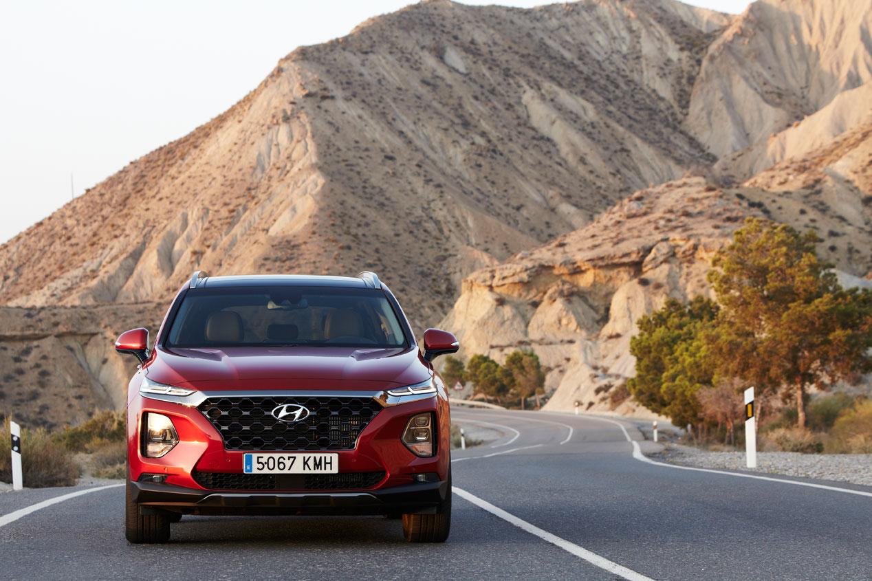 El Hyundai Santa Fe se abrirá y arrancará con sistema de huellas dactilares