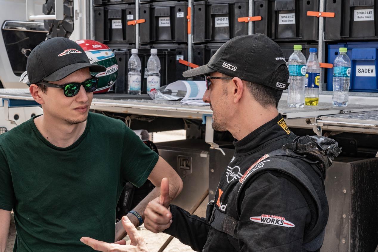 Diego Vallejo y Álex Haro: el trabajo de los copilotos del Dakar