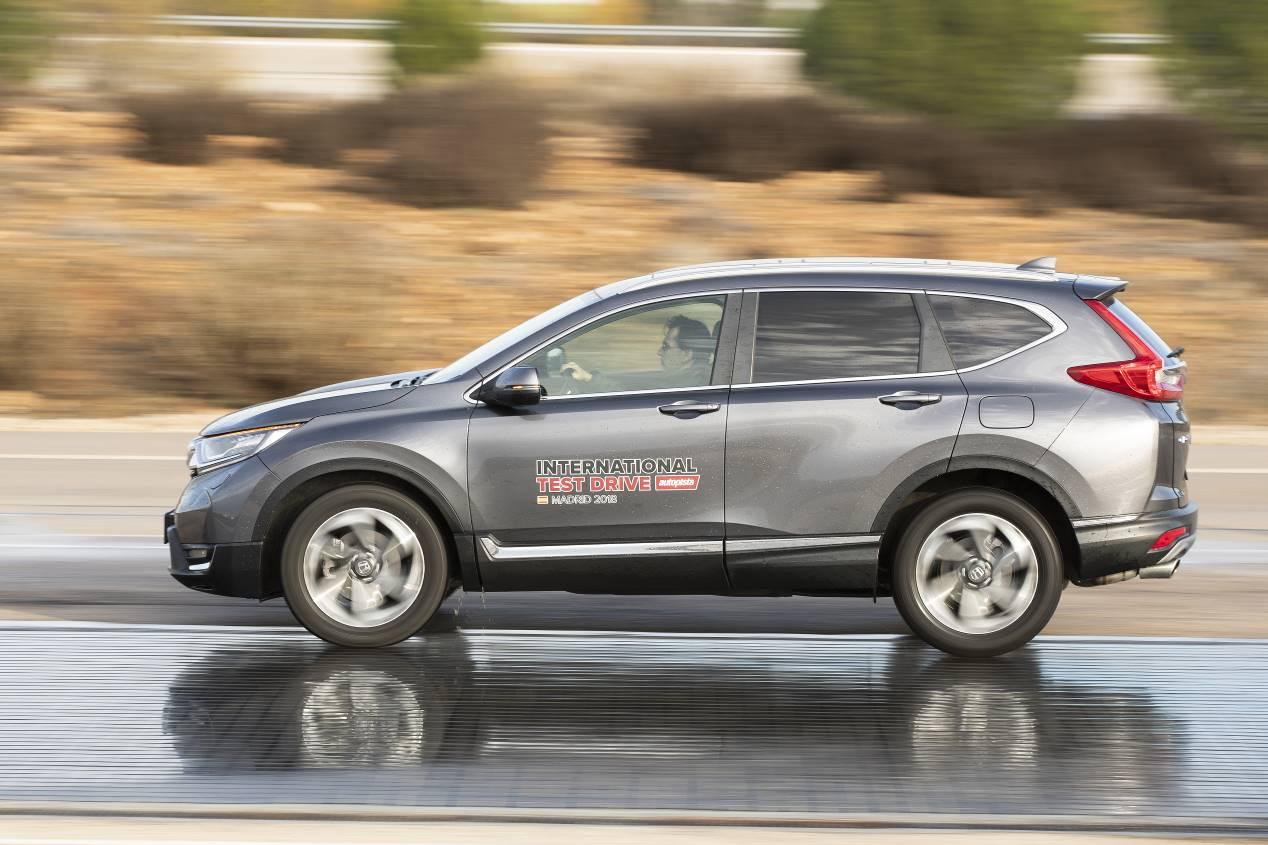 Comparativa: Hyundai Santa Fe 2.2 CRDi vs Honda CR-V 1.5 VTEC Turbo