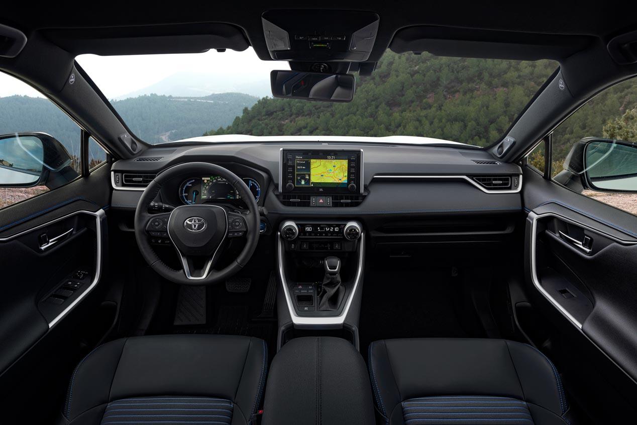 Toyota RAV4 2019, así va el SUV híbrido más eficiente