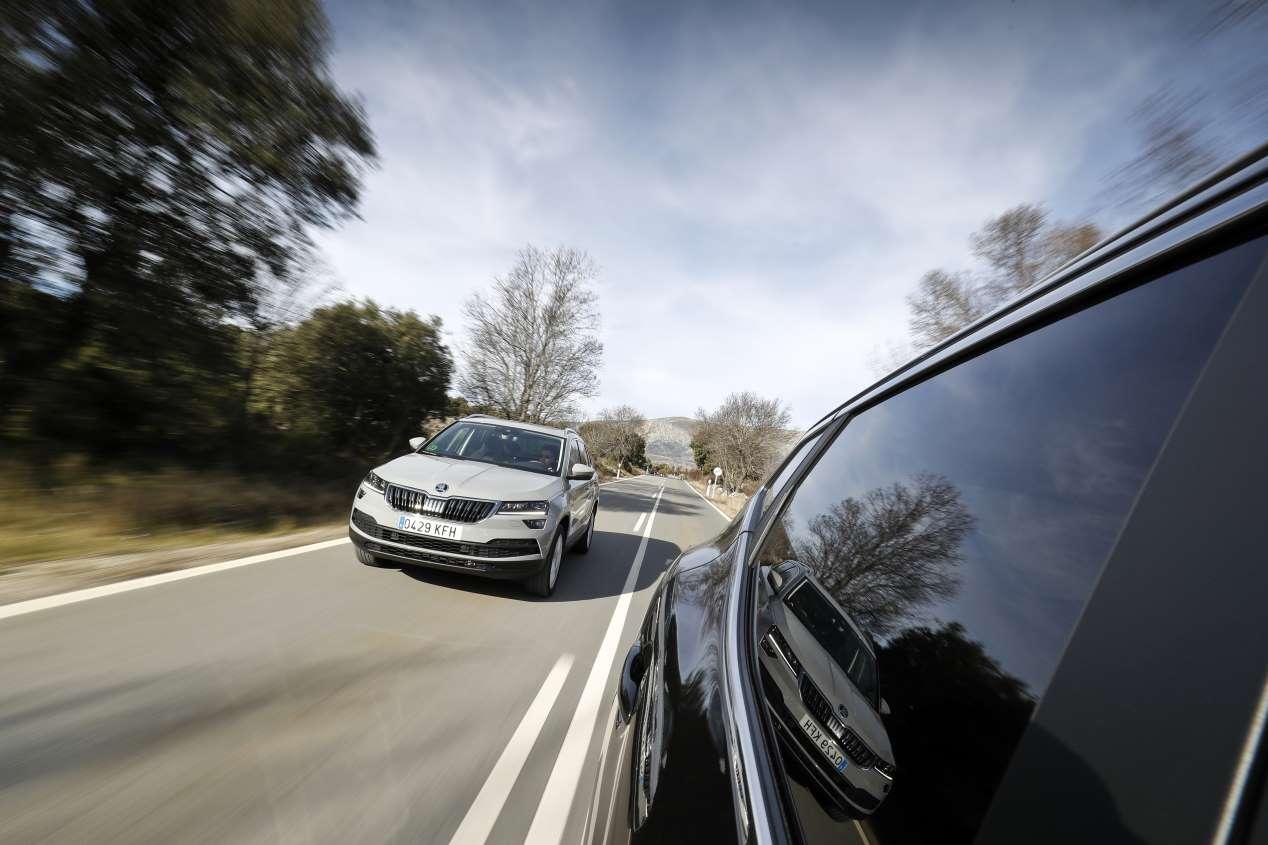 Comparativa SUV de gasolina: Nissan Qashqai DIG-T vs Skoda Karoq TSI
