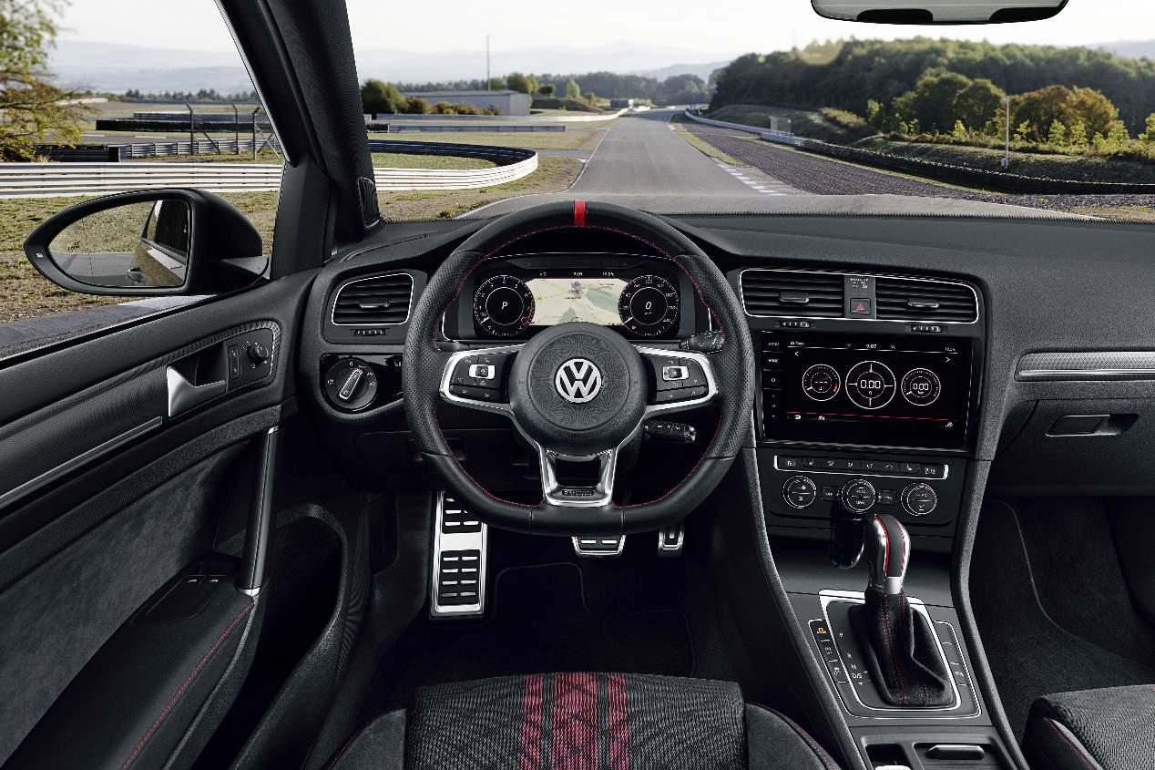Nuestra prueba del VW Golf GTI TCR 2019, en imágenes
