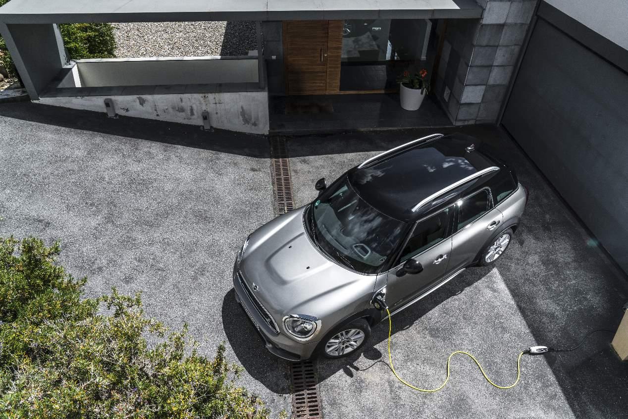 MINI Countryman híbrido enchufable: un SUV eficiente y divertido de conducir