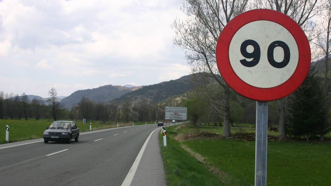 Todos los nuevos límites de velocidad en España: así cambian