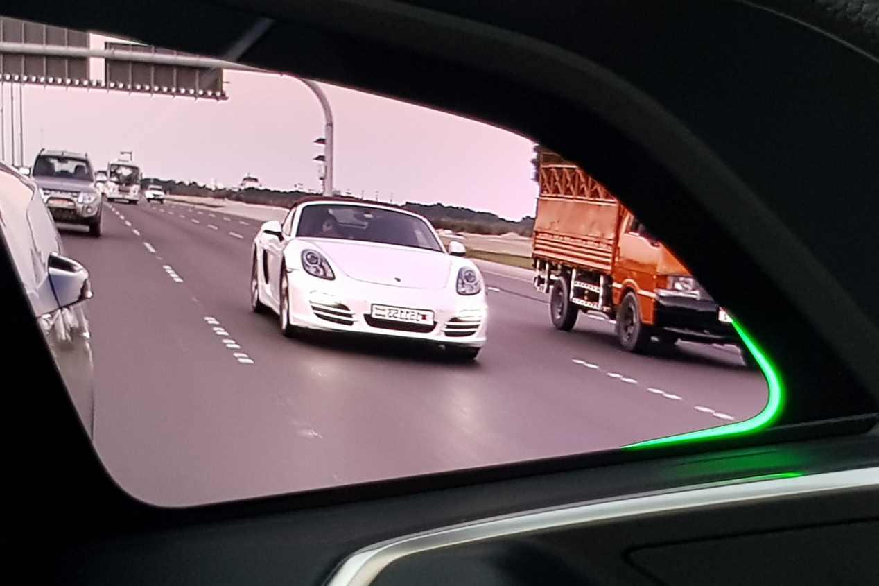 Viajamos a Abu Dhabi con el nuevo e-Tron, el primer SUV eléctrico de Audi