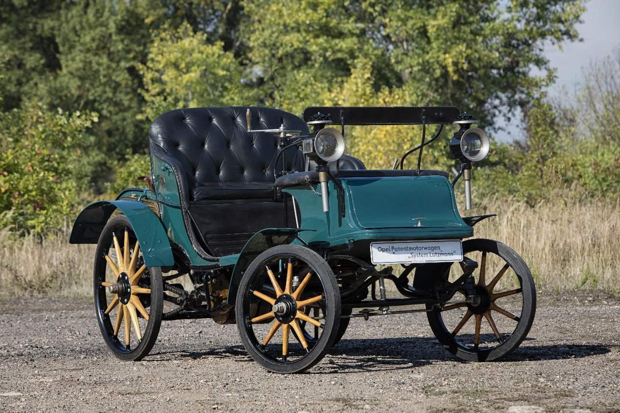 Opel celebra su 120 aniversario: algunos de sus modelos míticos, en imágenes