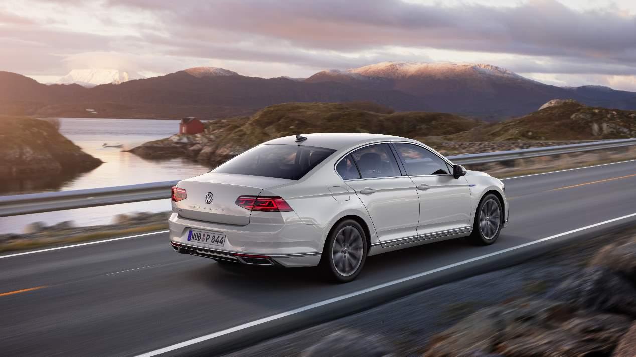Volkswagen Passat 2019: las mejores fotos oficiales de la nueva berlina
