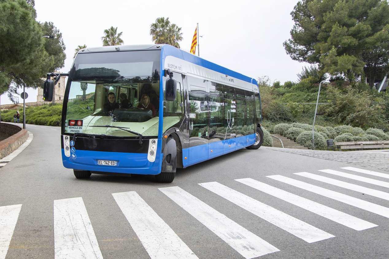 Aptis: así es el primer autobús eléctrico de Alstom