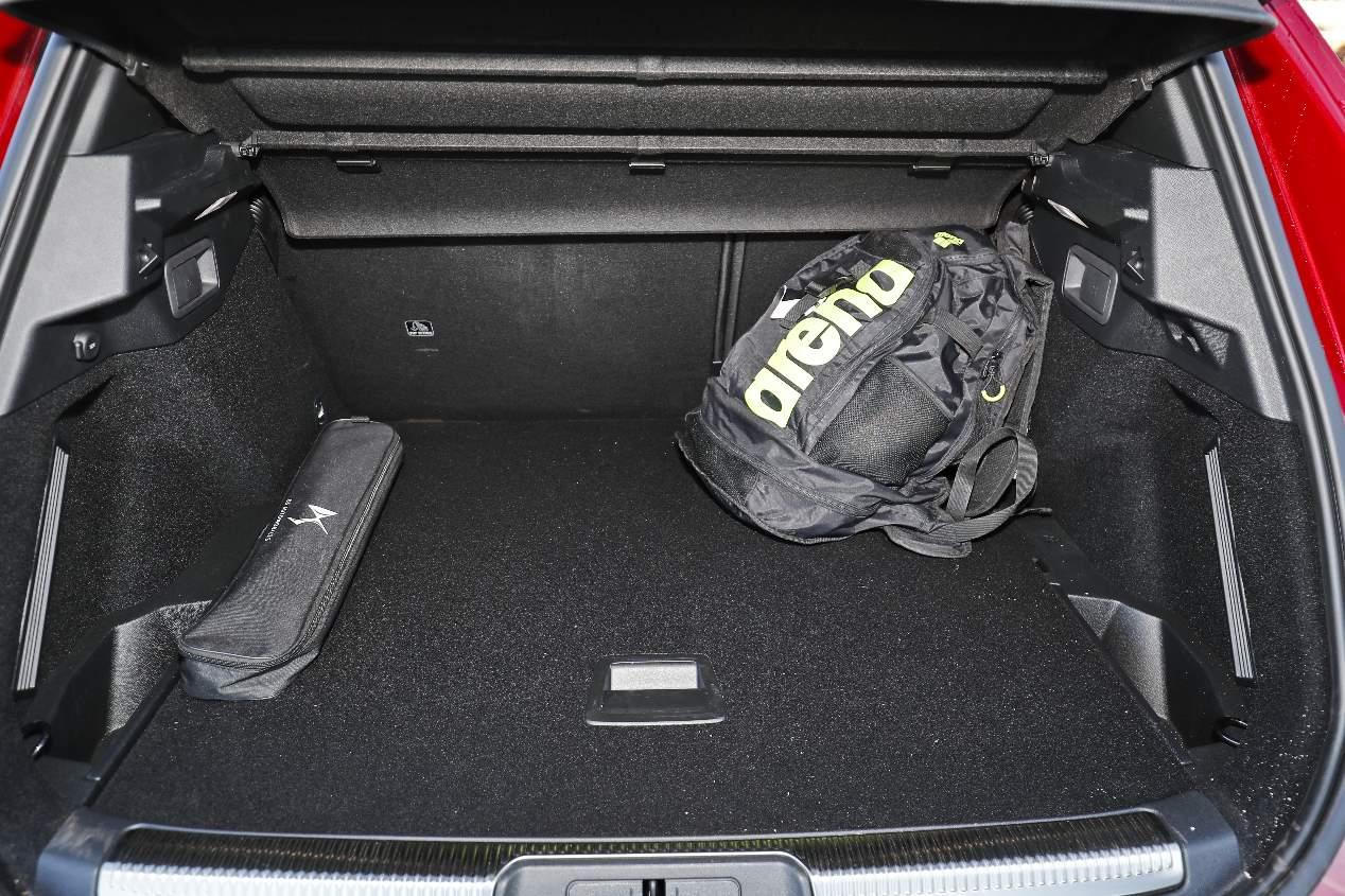 El DS 7 Crossback PureTech 180 CV, en imágenes