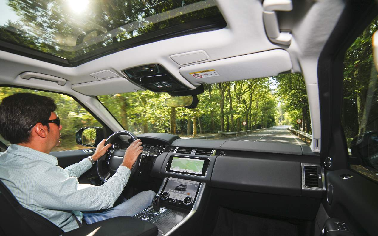 El Range Rover Sport PHEV P400E 404 CV, en imágenes
