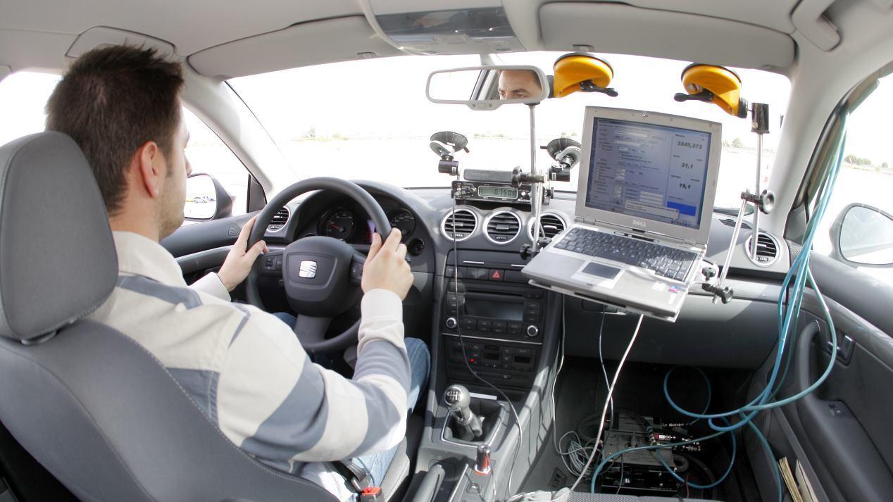 Lo que dice el ordenador del coche frente a sus consumos reales
